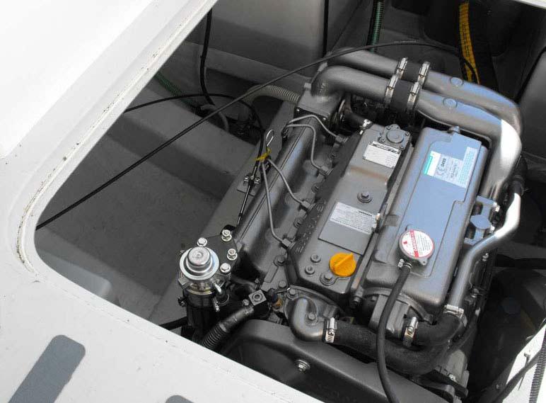 дизельный двигатель   Yanmar 4JH4-THE